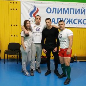Тренер Лукашев А.В. со своими спортсменами