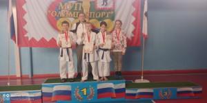тренер Лайтнер М.М. сос своими спорстменами